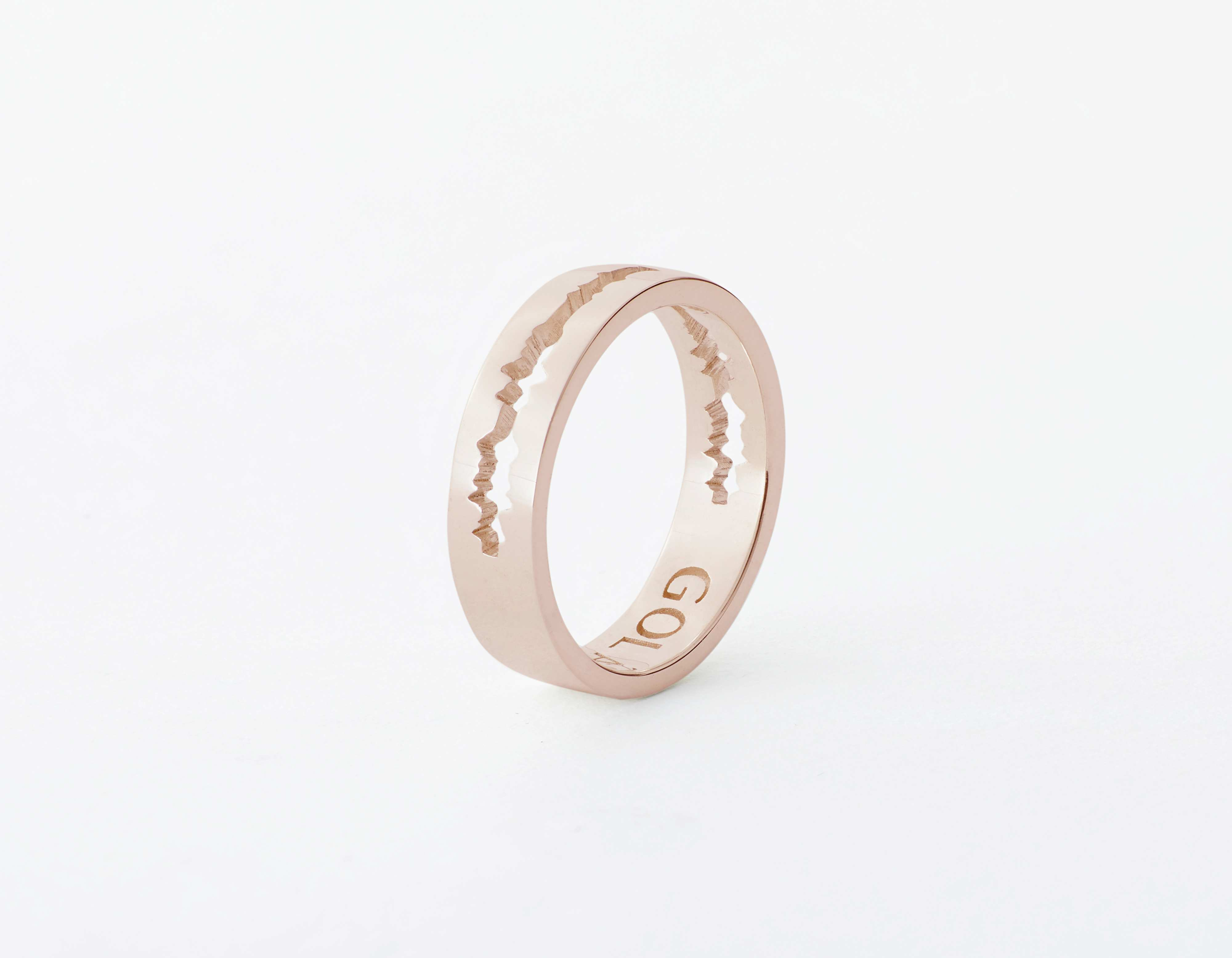 The Cut Wave Ring placed vertical in Rose Gold thumbnail